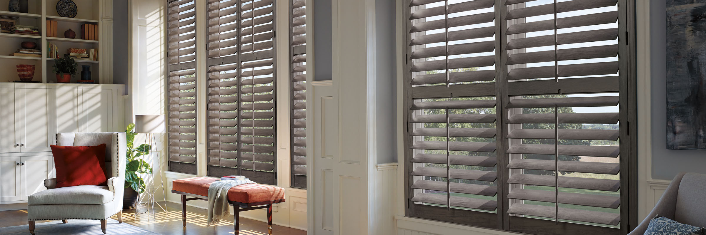 Interior shutters in Hardwood Salt and Pepper - Heritance