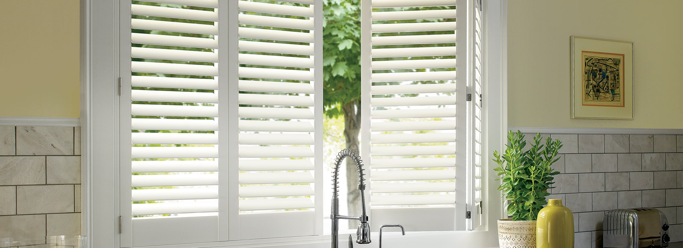 White shutters in Polysatin™ Bright White - Palm Beach