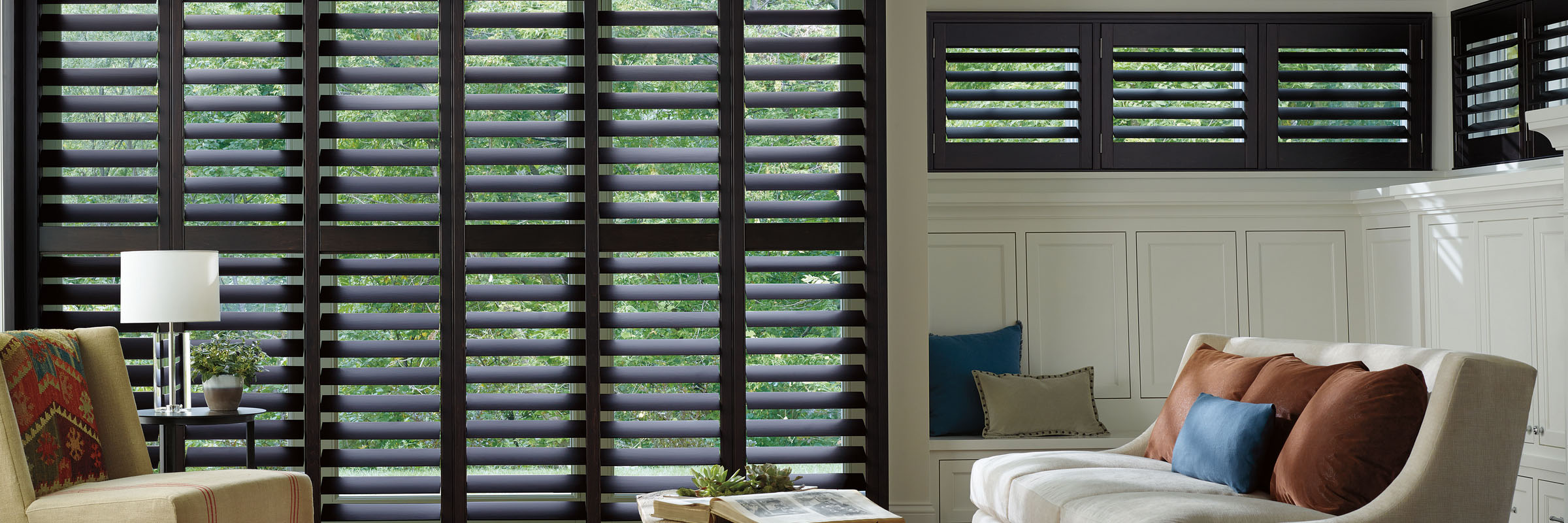 Wooden shutters in Hardwood Espresso - Heritance