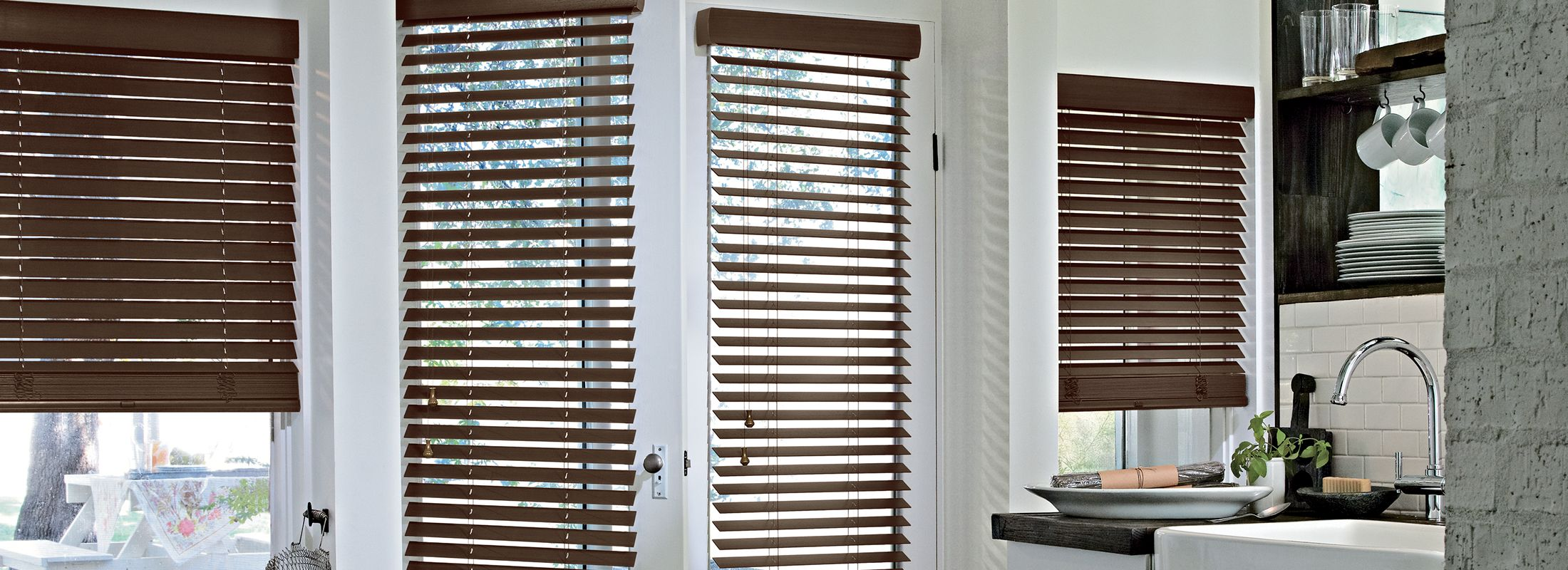 Wooden blinds in Textures Abachi Firewood - Parkland