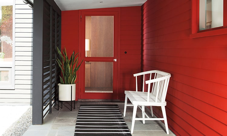 Front entrance in Benjamin Moore Caliente Red color