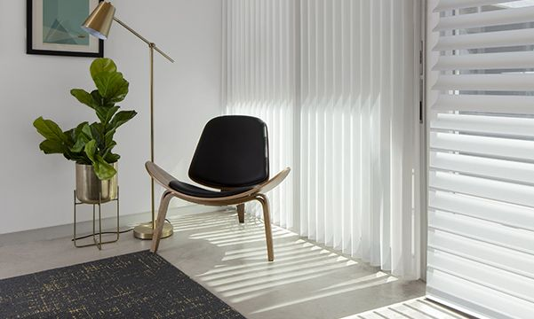 Silhouette Window Shadings in Eichler house at Modernism Week 2019