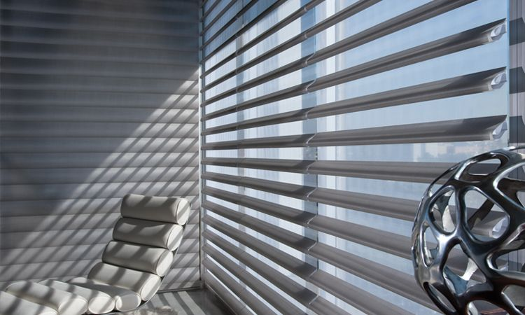 Privacy shades - Pirouette