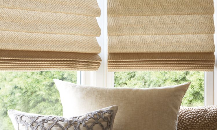 Roman shades stacking style with Vignette