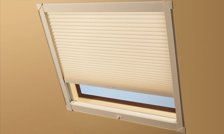 Best Skylight Shades Amp Skylight Blinds Hunter Douglas
