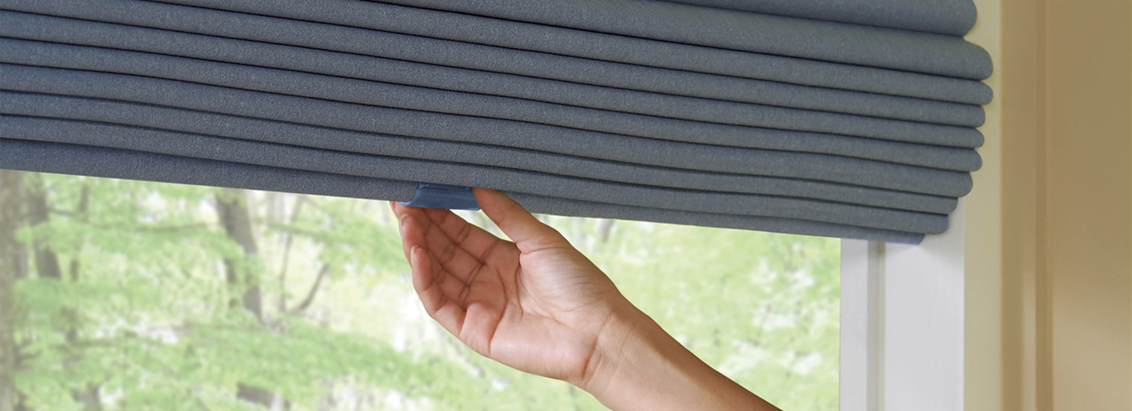 Manually Operated Window Blinds Shades Hunter Douglas