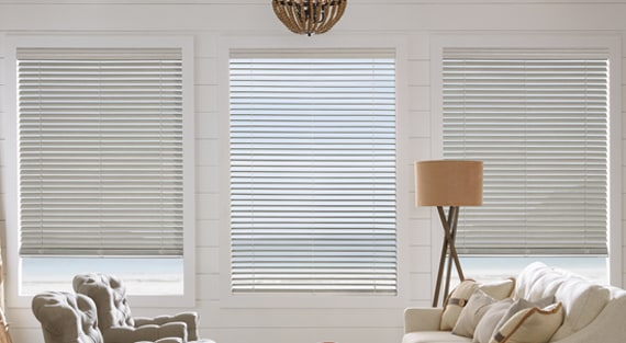 Faux wood blinds - Everwood